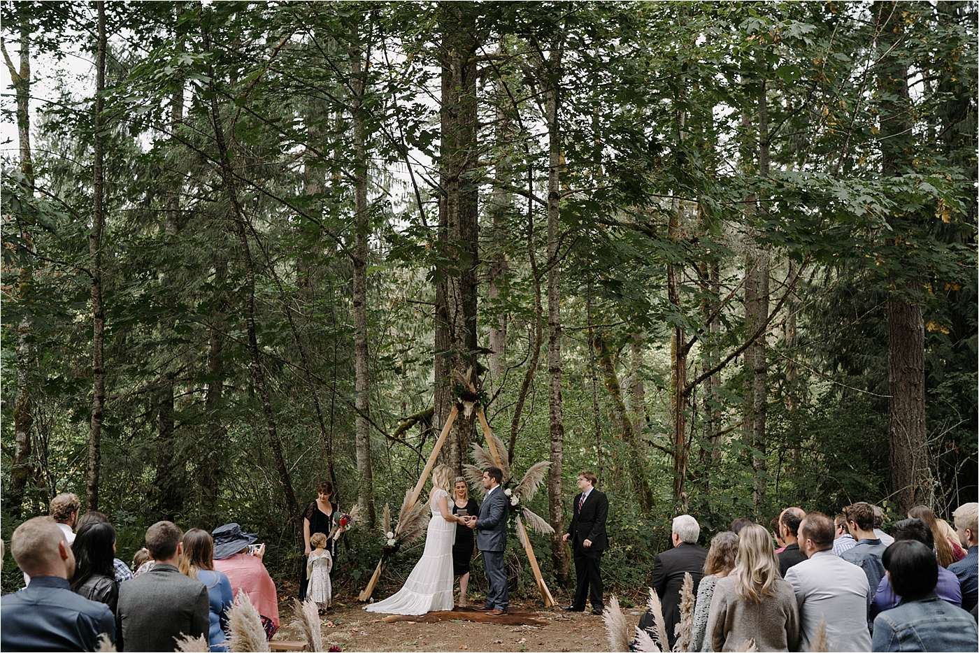 bride and groom exchanging vows during Sandy Oregon elopement